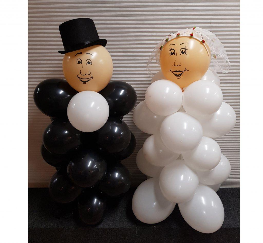 Bruidspaar van ballonnen foto