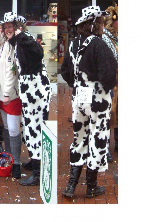 Koeienbroek met hoed foto